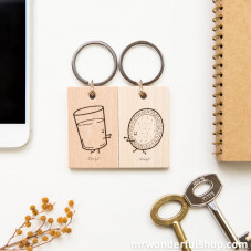 """Set of 2 key-rings """"Glass of milk and cookie"""""""