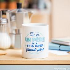 """Mug """"Tu es un père en or et un super grand-père"""" (FR)"""