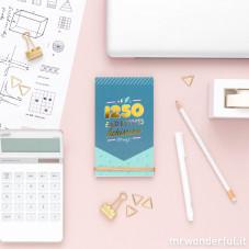 quaderno con adesivi