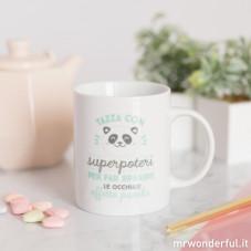 """Tazza """"Superpoteri per far sparire le occhiaie effetto Panda"""" (IT)"""