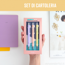 Set di materiale bello con un extra di motivazione