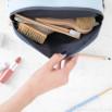 Beauty case - Forse non puntuale, ma sempre eccezionale(IT)