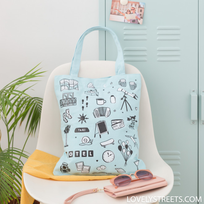 Tote bag Adventure Awaits - Lovely Streets