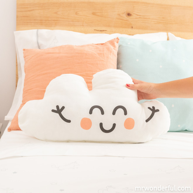 Pillow - Lovely clouds
