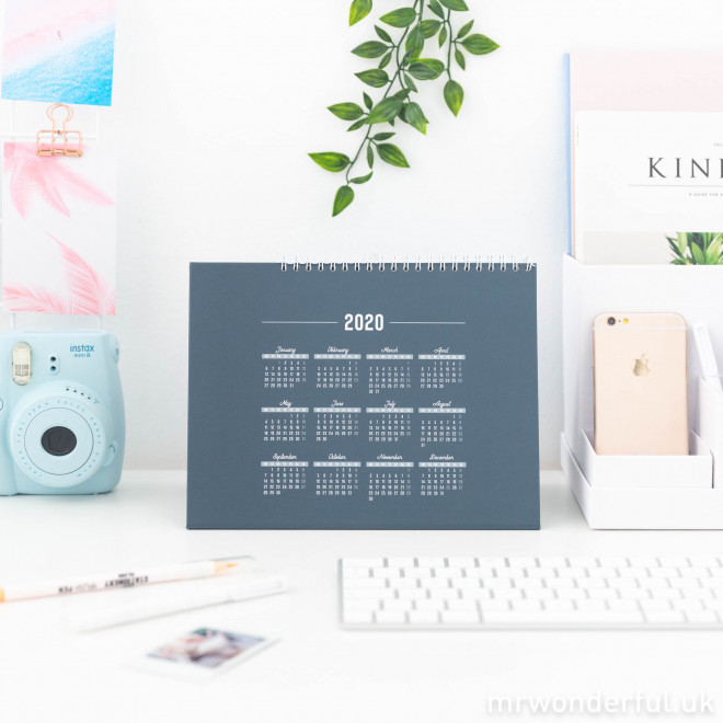 Desktop calendar - 2020 is the year to do