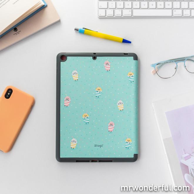 """10.2"""" iPad Cover - Milkshakes"""