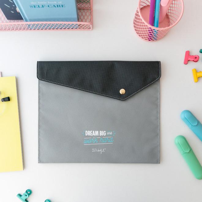 Document holder - Dream big and work hard