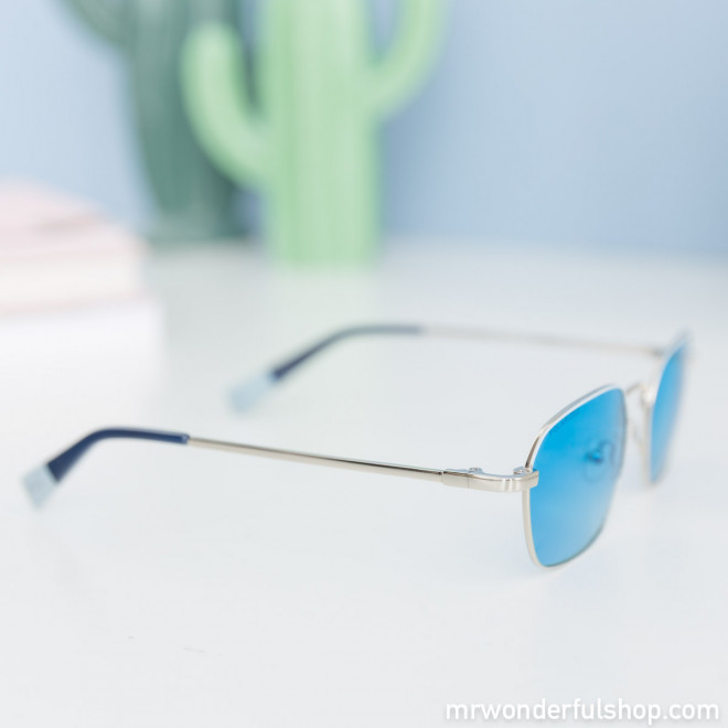 Sunglasses - Shades of blue