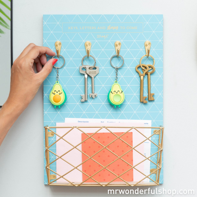Key holder - Keys, letters and stories to come (ENG)