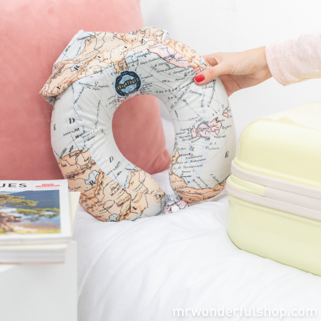 Travel headrest - Adventures on board