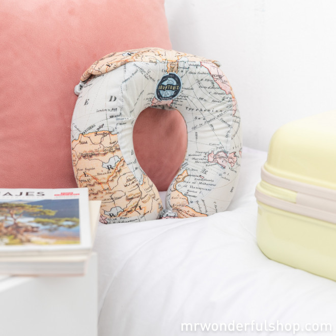 Travel headrest - Adventures on board