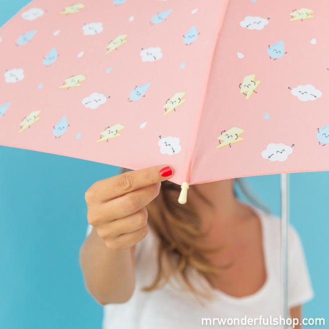 Large-sized umbrella coral colour with lightning pattern
