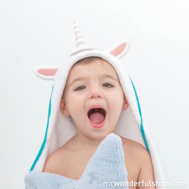 Serviette avec capuche pour les bébés licornes