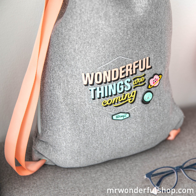 Sac petit avec cordon de serrage - Wonderful things are coming