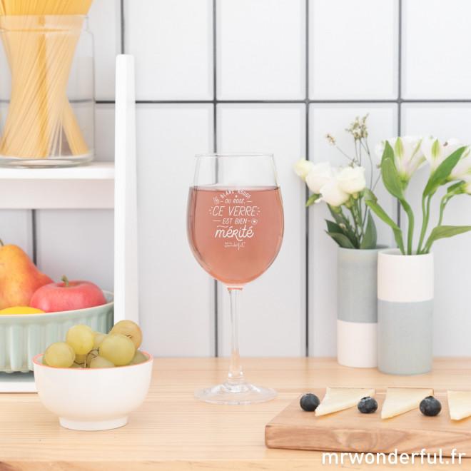 Verre à vin - Blanc, rouge ou rosé, ce verre est bien mérité