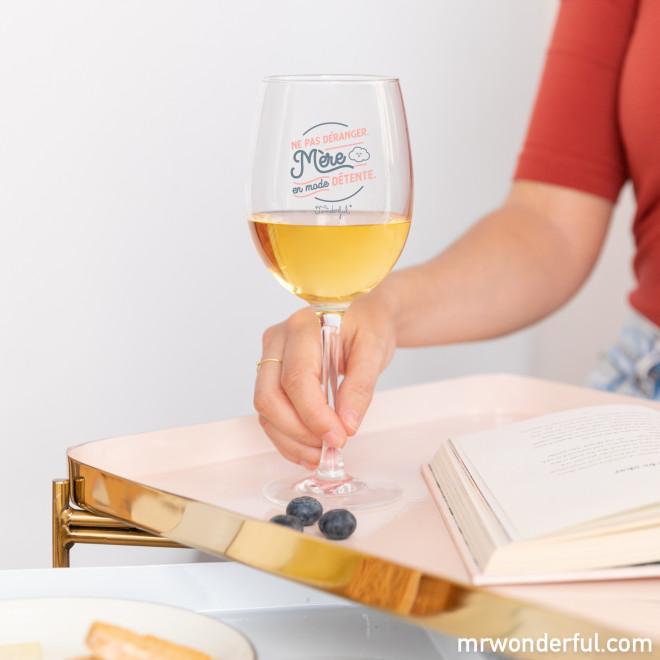 Verre à vin - Ne pas déranger. Mère en mode