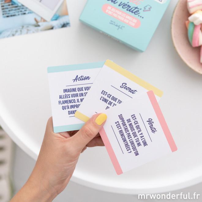Jeu de cartes - Action, secret ou vérité…
