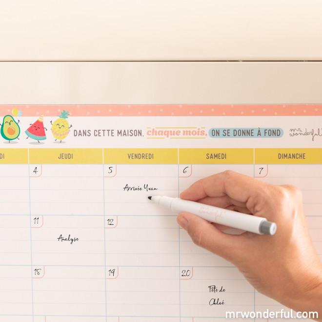 Planning mensuel façon tableau magnétique