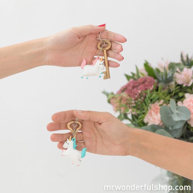 Jeu de 2 porte-clés licorne pour personnes fantastiques