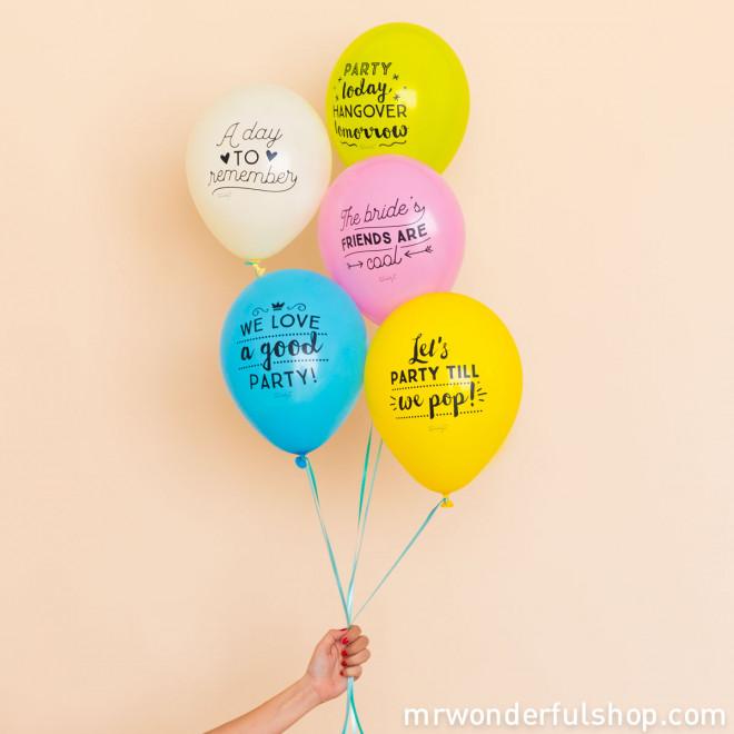 Ballons pour enterrer avec panache une vie de jeune fille (ENG)