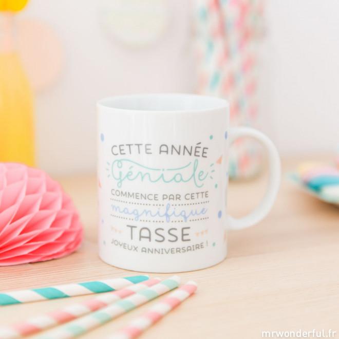 """Mug """"Cette année géniale commence par cette magnifique tasse"""" (FR)"""