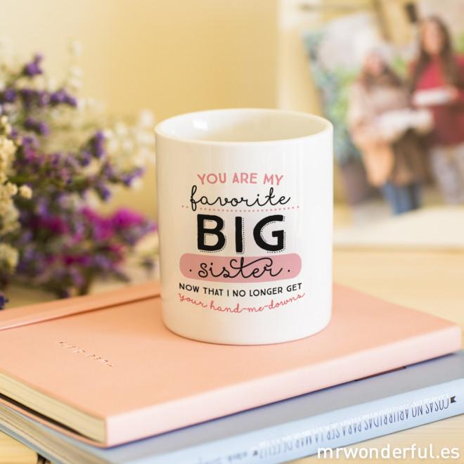 """Mug """"You are my favorite big sister"""" (ENG)"""