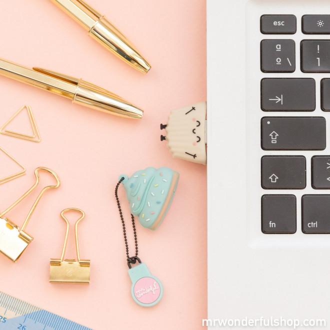 Clé USB - Madeleine