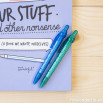 Kit livre + stylo - Our stuff and other nonsense (ENG)