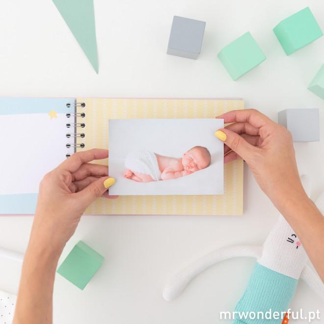 Álbum de fotos para bebé rosa - Momentos da estrela da casa