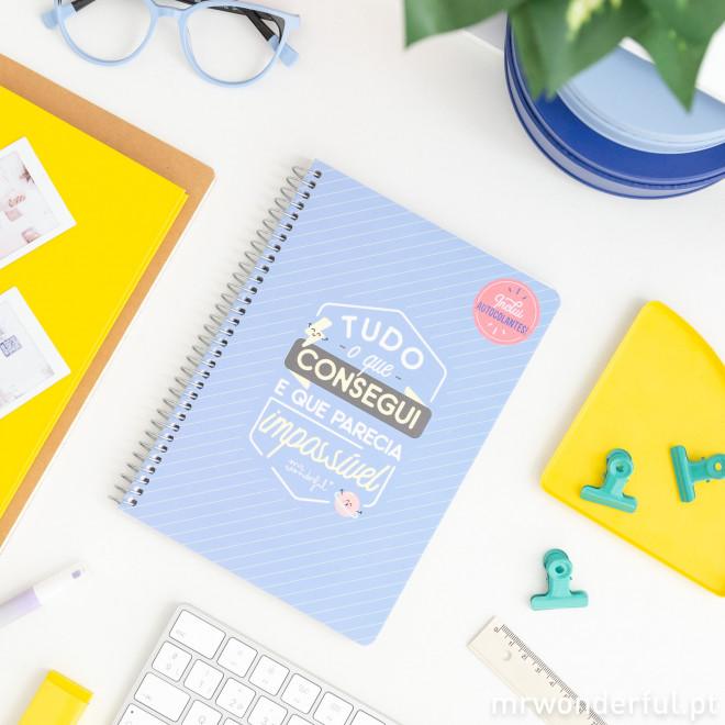 Caderno pequeno