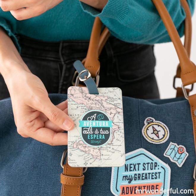 Etiqueta para bagagem - A aventura está à tua espera