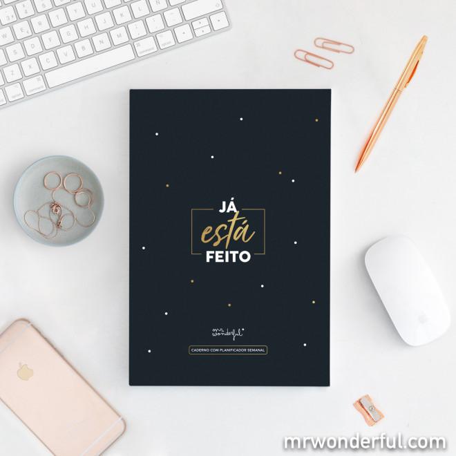 Caderno com planificador semanal
