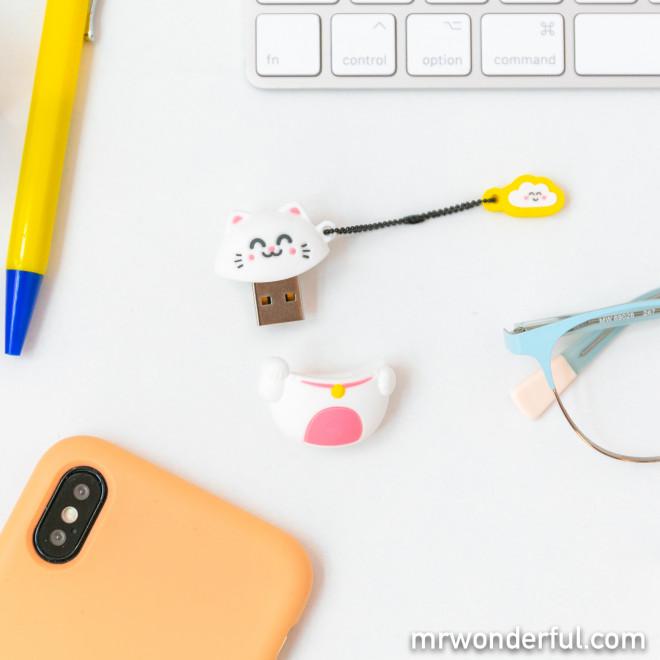 Memória USB 32 GB - Gato Maneki-neko