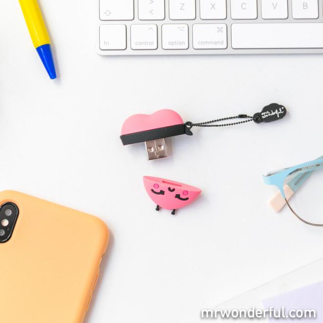 Memória USB 32 GB - Coração bandido