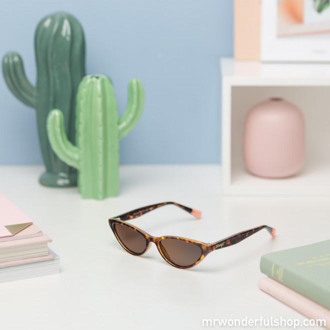 Gafas de sol - Divine Carey
