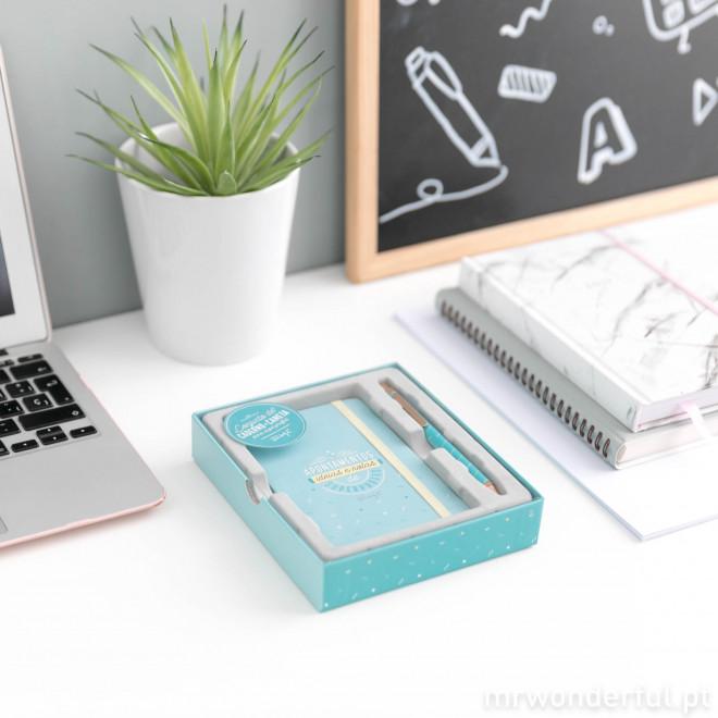 Conjunto de caderno + caneta
