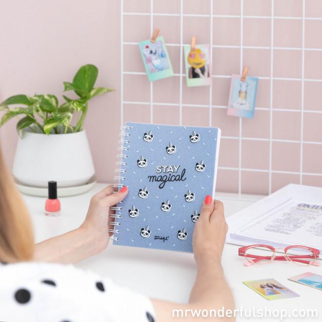 Caderno pequeno - Stay magical (ENG)