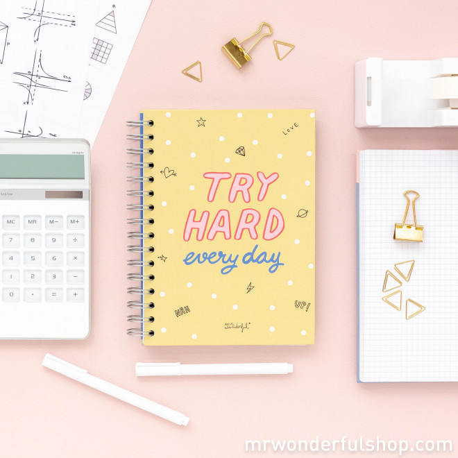 Caderno pequeno - Try hard every day  (ENG)