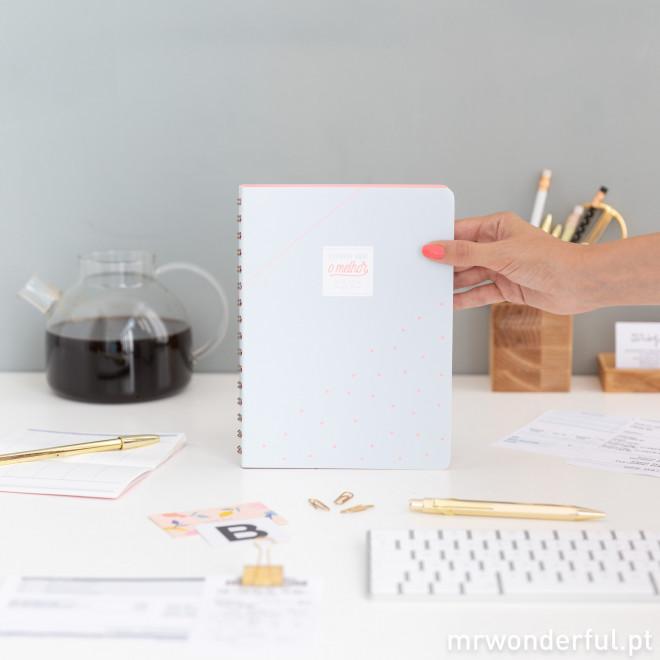 Caderno com extras - Escreve aqui o melhor que saia de ti (PT)