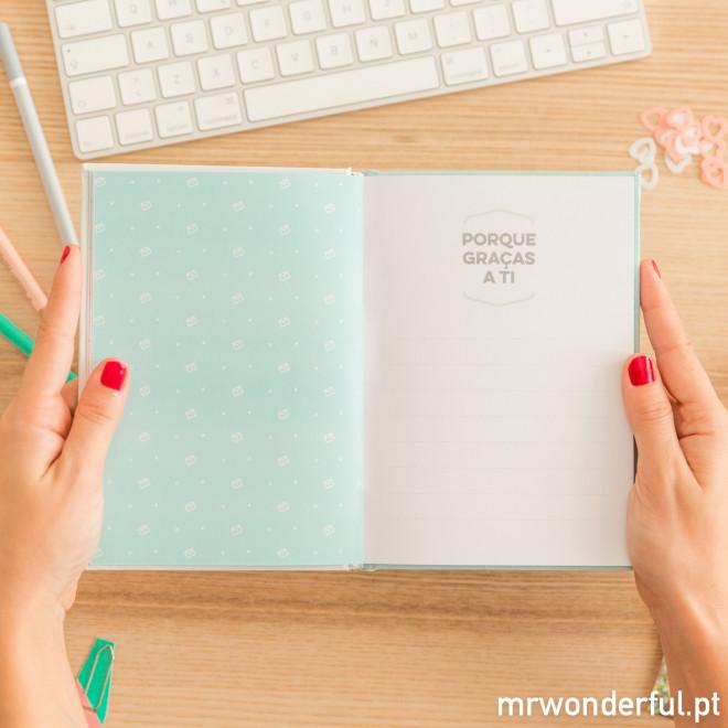 Livro com histórias tuas e minhas (e de mais ninguém) (PT)