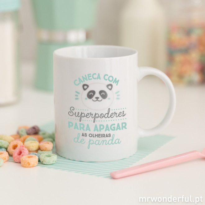 "Caneca Colorida ""Superpoderes para apagar as olheiras de panda"" (PT)"