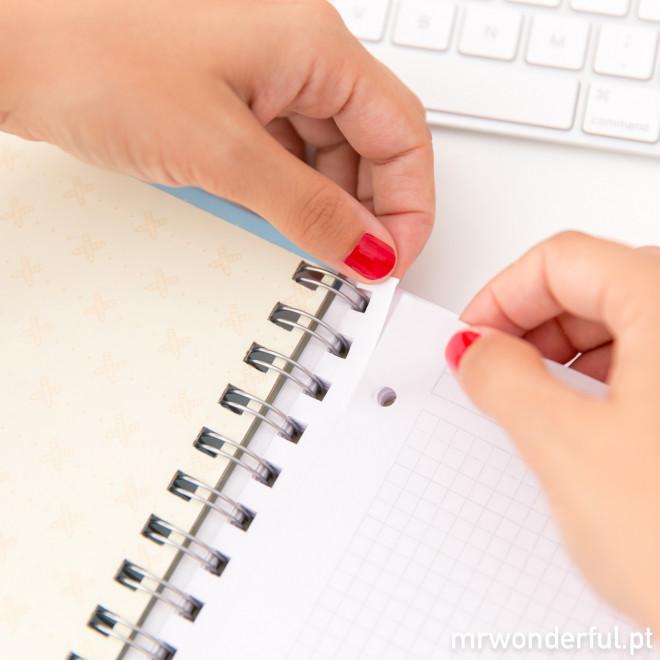 Caderno grande - Hoje vai ser um dia maravilhoso porque… (PT)
