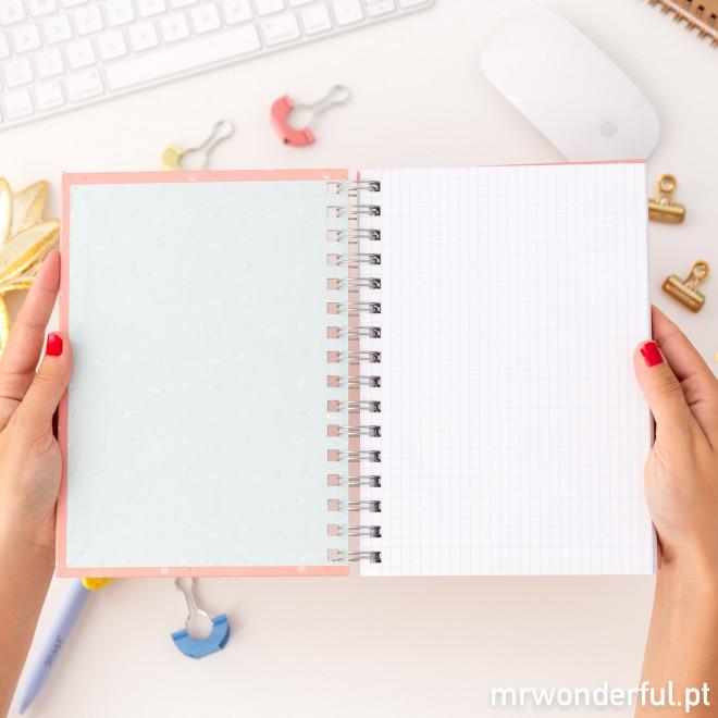Caderno - Este dia suscita-me novas ideias (PT)