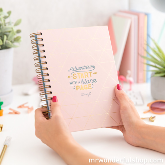 Caderno - Adventures start with a blank page