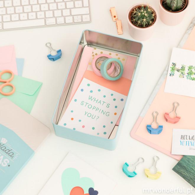 Caixa de metal - Papelada, cartas e outras coisas super importantes (PT)