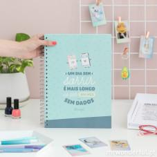 Caderno - Um dia sem sorrir é mais longo do que um mês sem dados