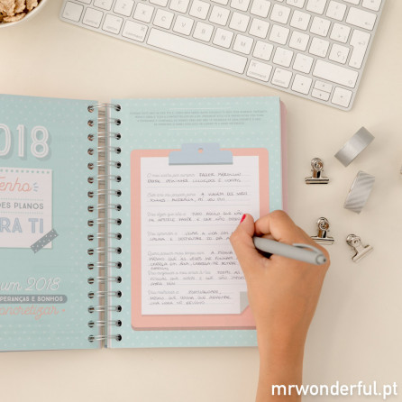 Agenda anual 2018 Vista diária - Sonhos, planos e mil histórias por contar (PT)